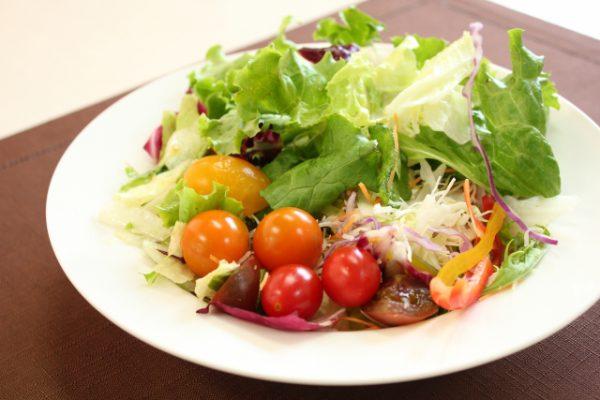 野菜サラダの映像